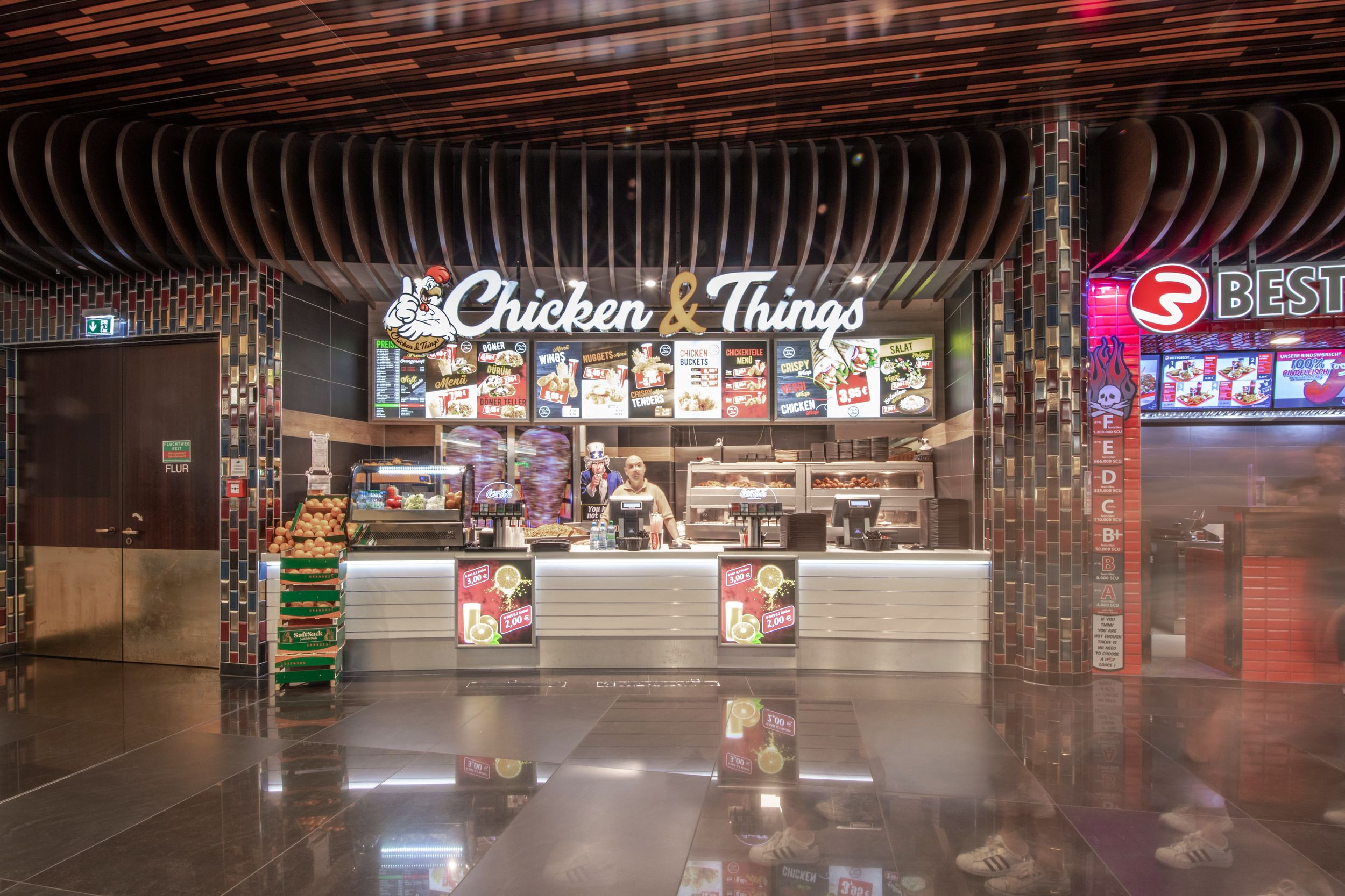 Chicken and Things in der Mall of Berlin
