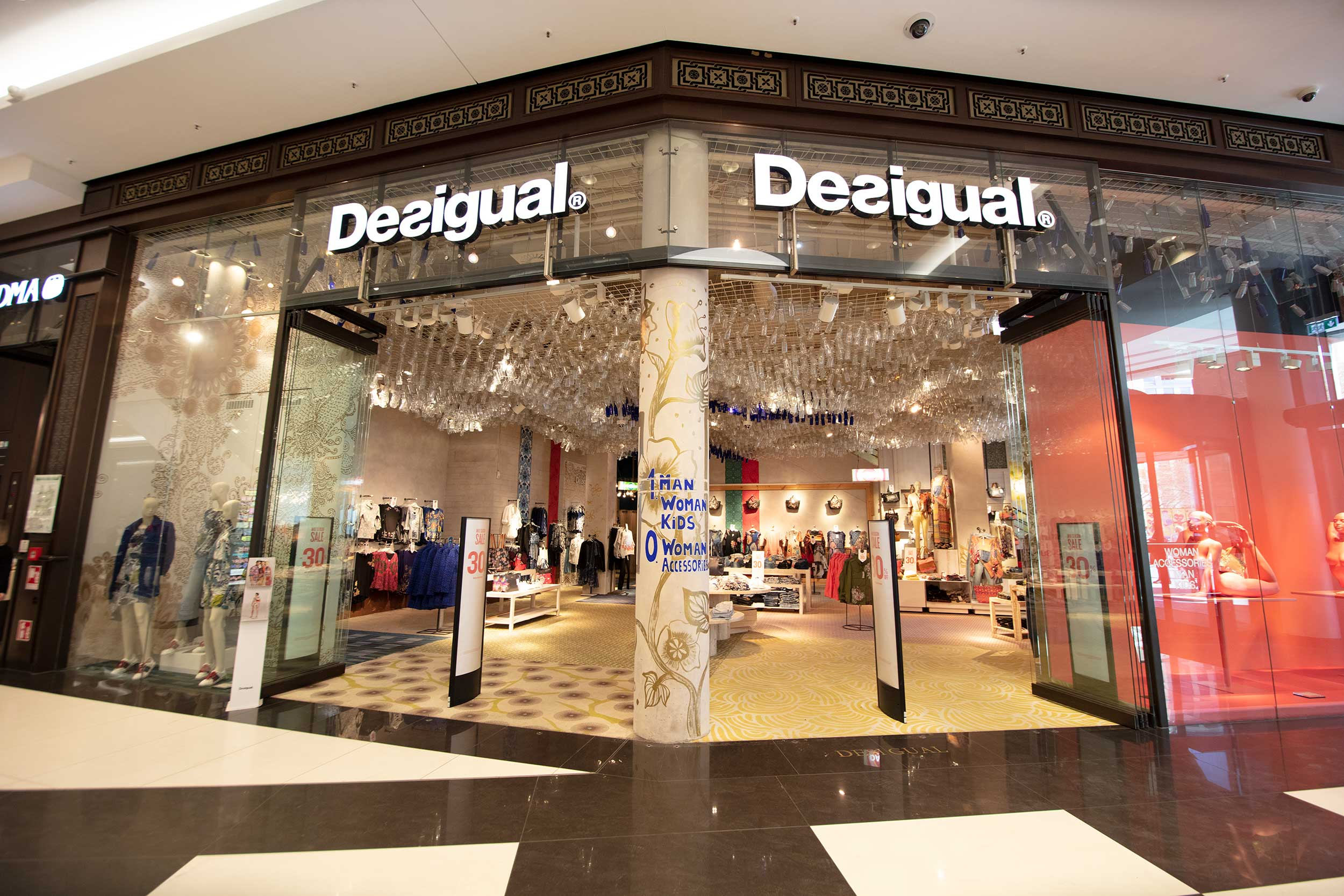Desigual at the Mall of Berlin