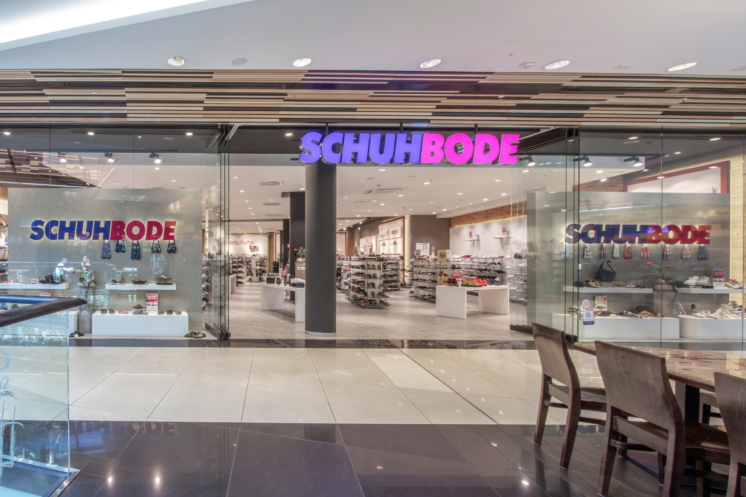 Schuh Bode at the Mall of Berlin